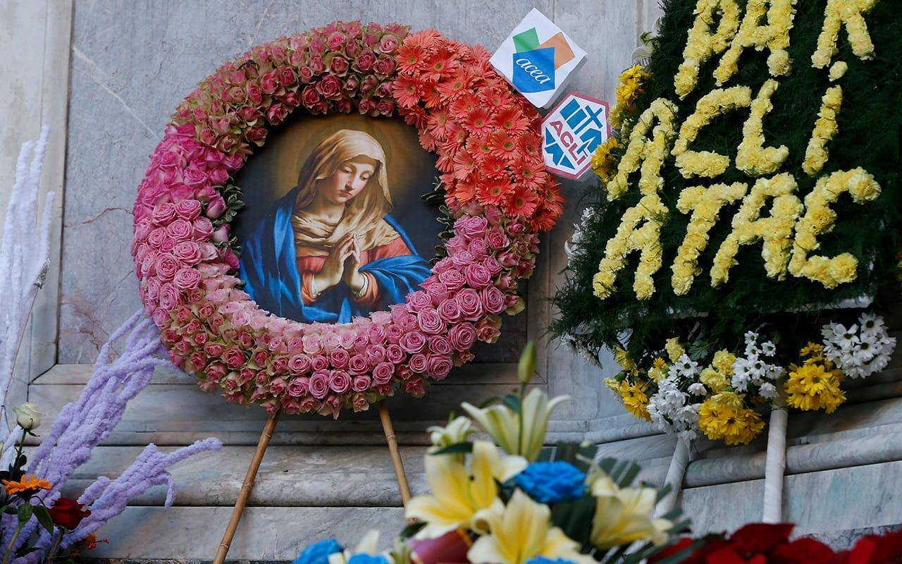 María en el corazón de las comunidades