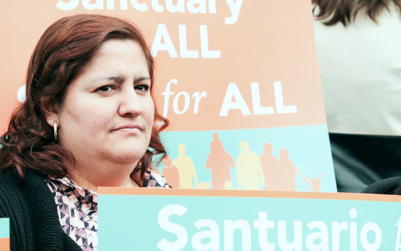 Inmigrante Indocumentada está Atrapada  en Limbo