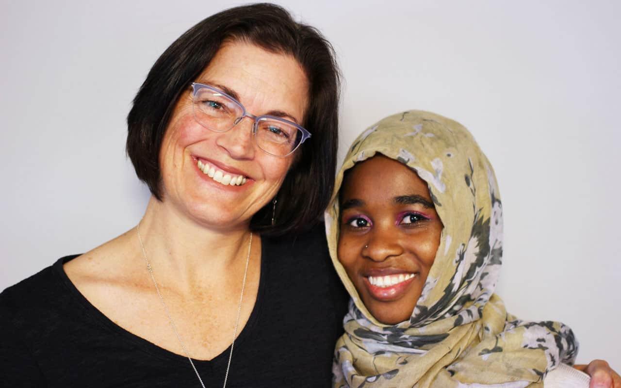 Ex refugiada en Vermont retribuye al país que le dio la bienvenida