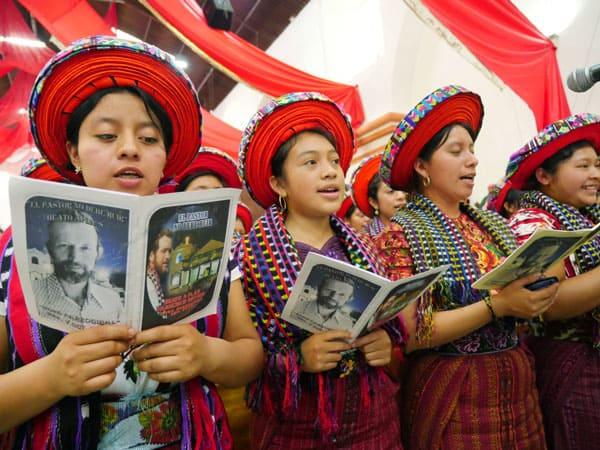 Comunidad Indígena en Guatemala celebra la beatificación de su pastor