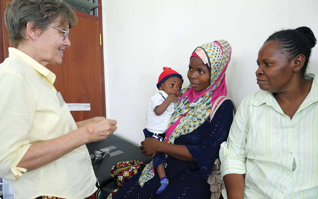 Un largo viaje  brindando salud y amor en África
