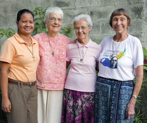 Las hermanas Maryknoll que sirvieron recientemente en El Salvador