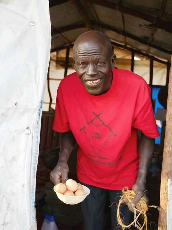 Catequista de Sudán del Sur en el asentamiento para refugiados en Uganda.
