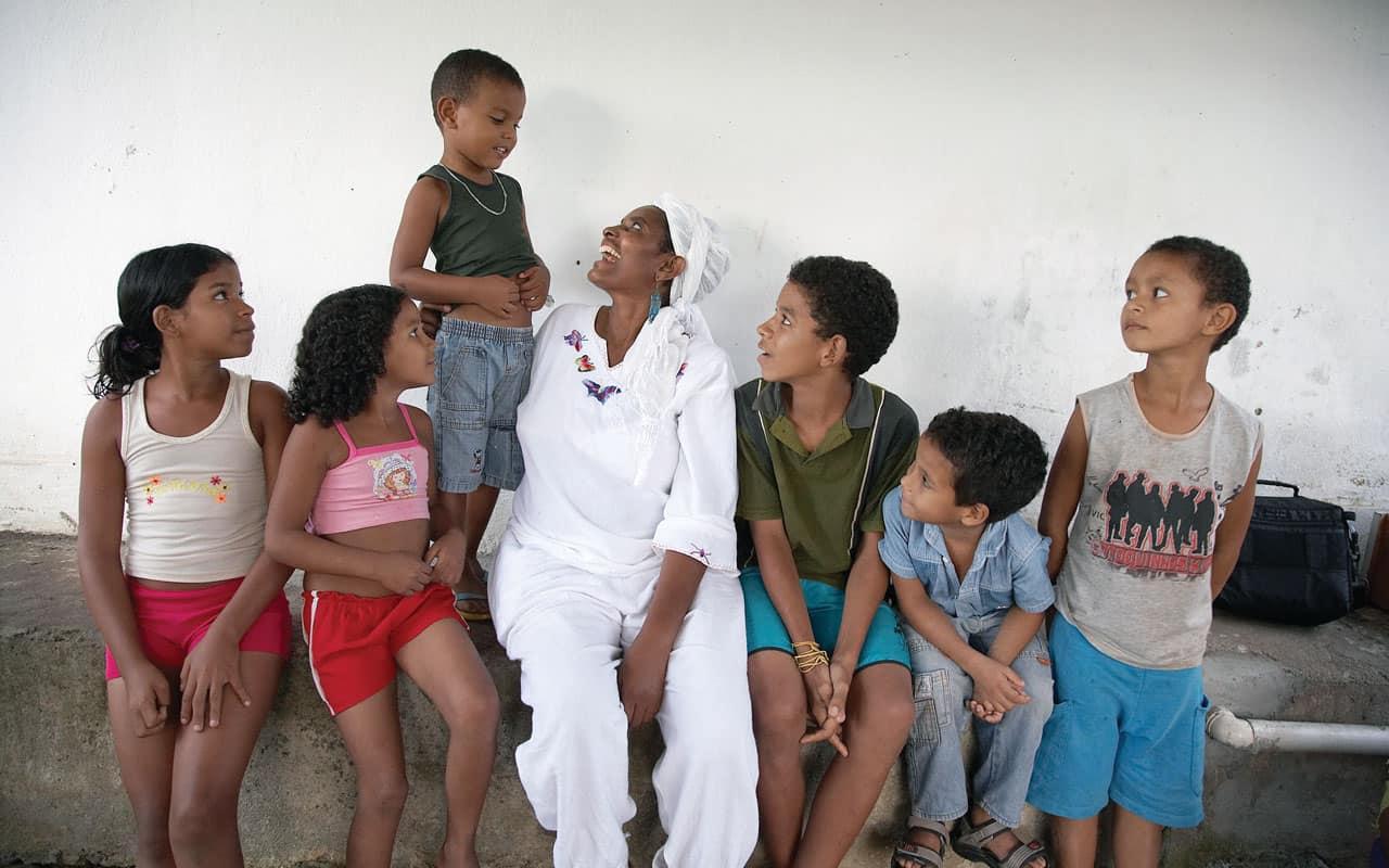 Relatos Misioneros de Brasil, Tanzania y Haití
