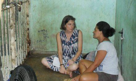 Encarcelamiento Femenino: Necesitan Ayuda, No prisión