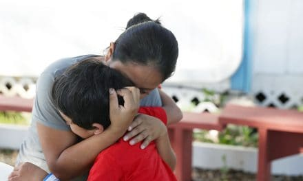 Notas del Director: Lágrimas de una madre inmigrante separada de su hijo