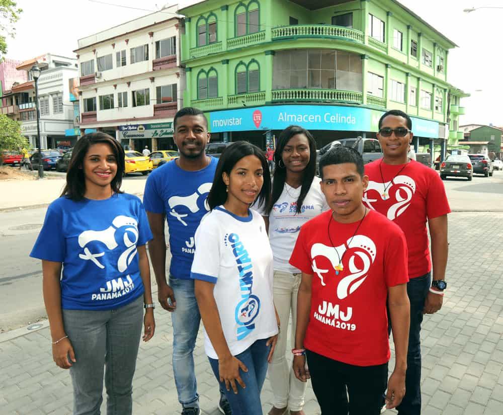Jóvenes panameños celebra que la siguiente JMJ tendrá lugar en Panamá en enero 2019. (CNS/Polonia)