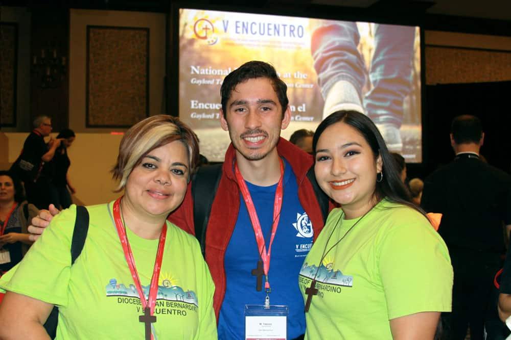 """Jóvenes participan en un sketch """"The Dreamers"""" para mostrar la realidad de los recipientes de DACA en el V Encuentro Nacional. (Giovana Soria/Texas)"""
