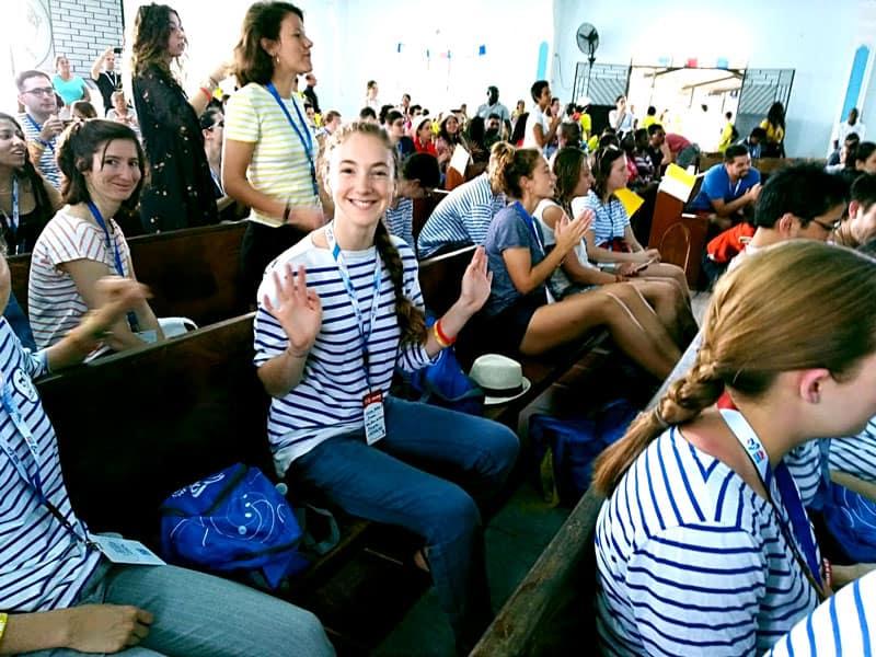 Peregrinos de Francua y otras partes del mundo se quedaron en las Mañanitas durante la JMJ con el Papa Francisco en Panamá.