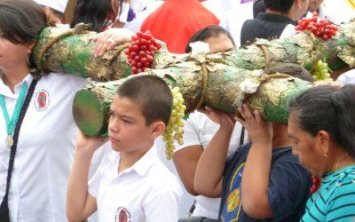 Un Via Crucis de Esperanza para la Juventud de El Salvador