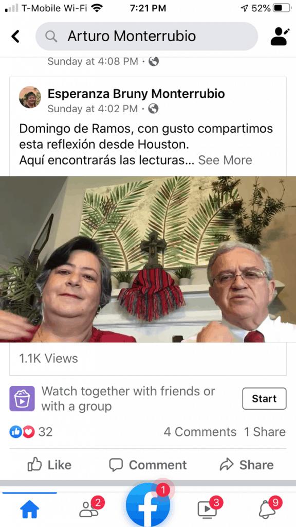 El promotor misionero Maryknoll, Diácono Arturo Monterrubio y su esposa Esperanza comparten una reflexión sobre Domingo Ramos con sus seguidores de Facebook desde su hogar en Houston, Texas. (Cortesía de Arturo Monterrubio/Texas)