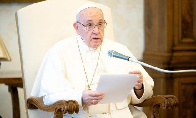 Papa reza por Estados Unidos, califica el racismo como un asunto provida