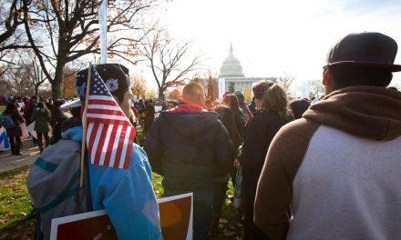 Senado Debe Actuar Sobre Proyecto de Ley 'Dreamers', TPS, Dice Obispo