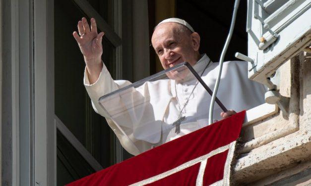 El Amor a Dios Siempre Se Mide por el Amor al Prójimo, dice el Papa