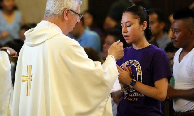 Papa: Comunidades Latinas han Enriquecido a la Iglesia