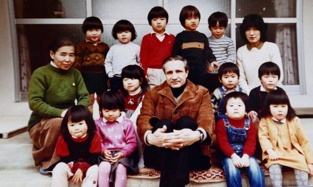 Sacerdote Maryknoll Comparte Reflejos de su Trayectoria Misionera en Japón