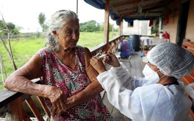 Solidaridad, no competencia, debe regir lanzamiento de vacuna