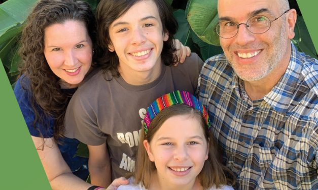 Una Familia Misionera Empodera Familias En El Salvador
