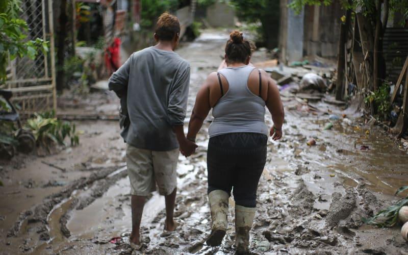 MUNDO: Dos devastadores huracanes azotaron Centro América