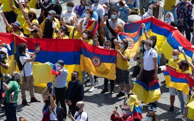 Papa pide oraciones por Colombia, Jerusalén y Afganistán
