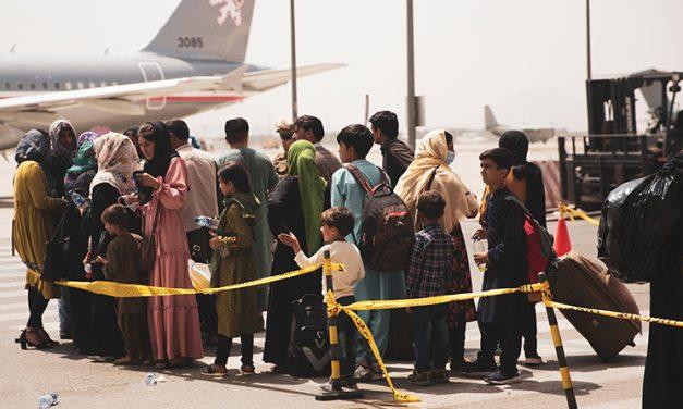 """Capellanes ofrecen Misas por el «regreso a casa"""" de compatriotas desde Afganistán"""