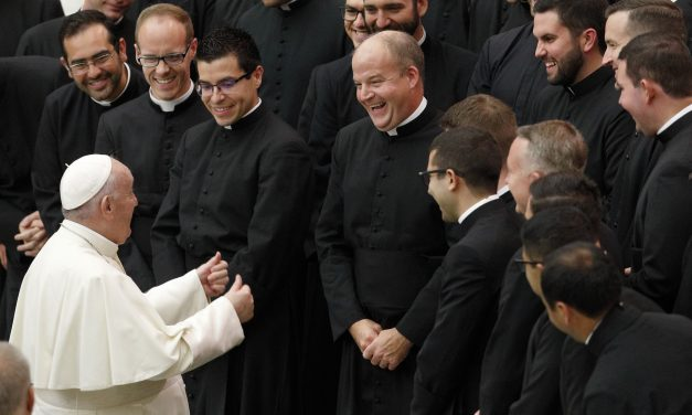 Papa: En Cristo, grandes pecadores pueden convertirse en grandes santos